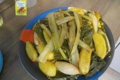 mit Gemüse aus dem Garten